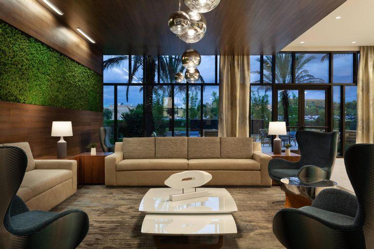 SpringHill Suites Orlando at Millenia, Orange