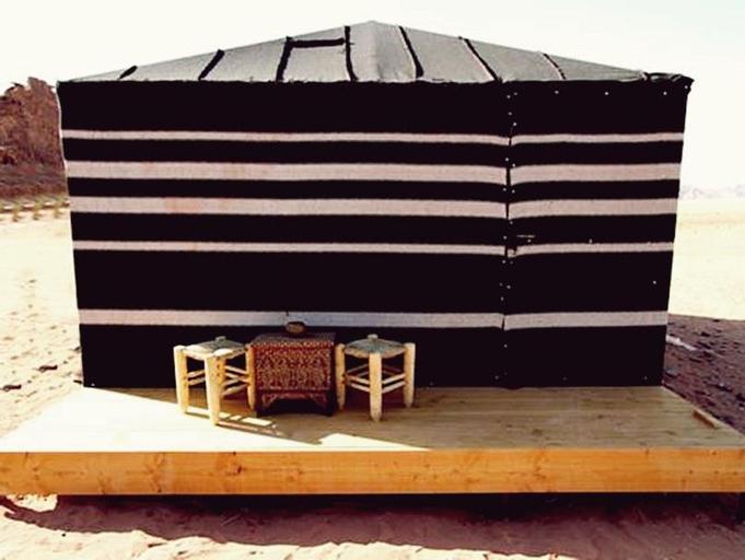 Sun City Camp Hotel, Quaira