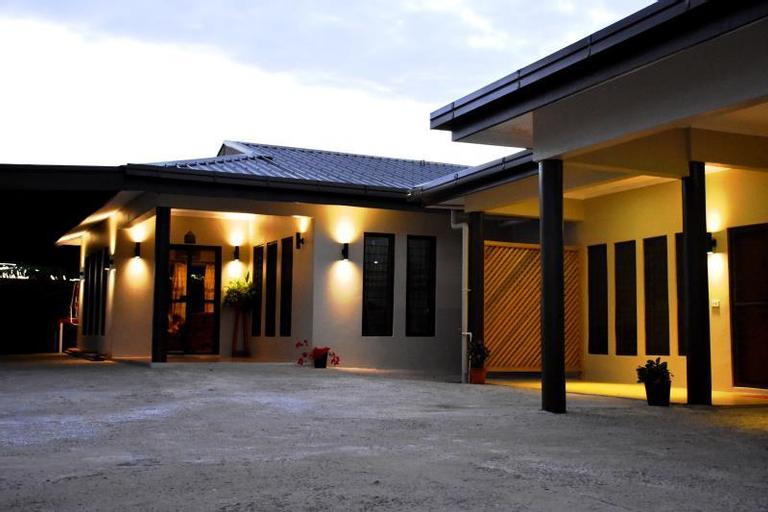 Westfield Fiji Homestay, Ba