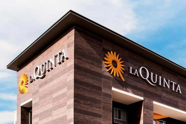 La Quinta Inn & Suites Wyndham-Red Oak TX IH-35E, Ellis