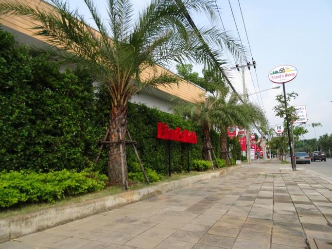 Friends House Resort, Muang Pathum Thani