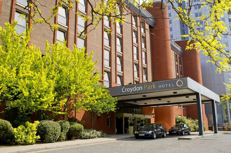Clarion Collection Croydon Park Hotel, London