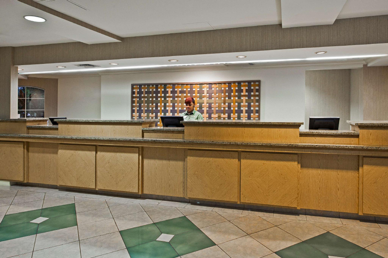 La Quinta Inn & Suites by Wyndham Orlando I Drive/Conv Ctr, Orange