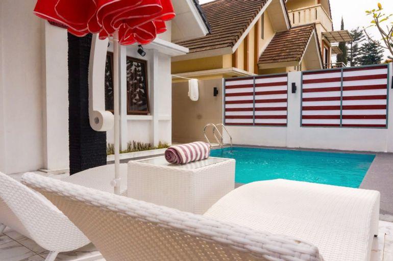 Villa Sindang Restu SR17 with Private Pool 2BR, Bogor