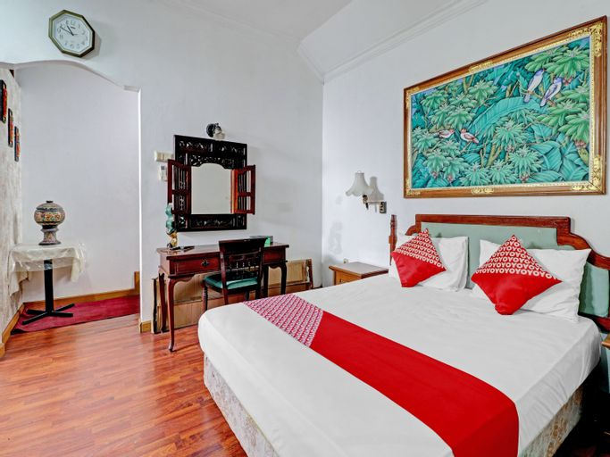 OYO 90479 The Ethnic Hotel Bandung (all Suites), Bandung