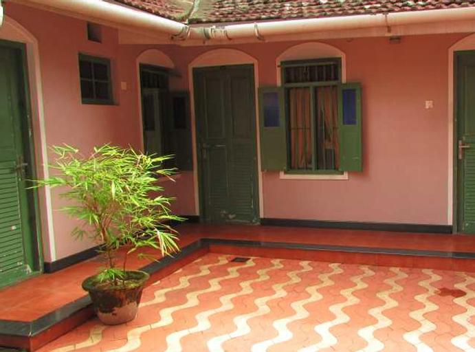 Hotel Maple Regency, Ernakulam