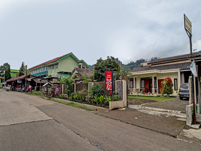 OYO 90454 Adinda Homestay Cibodas Lembang, Majalengka