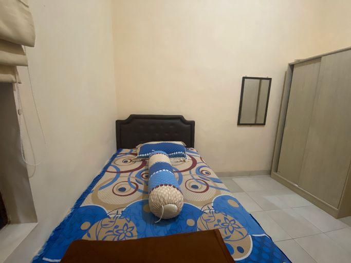 OYO 90548 Kika Homestay, Makassar