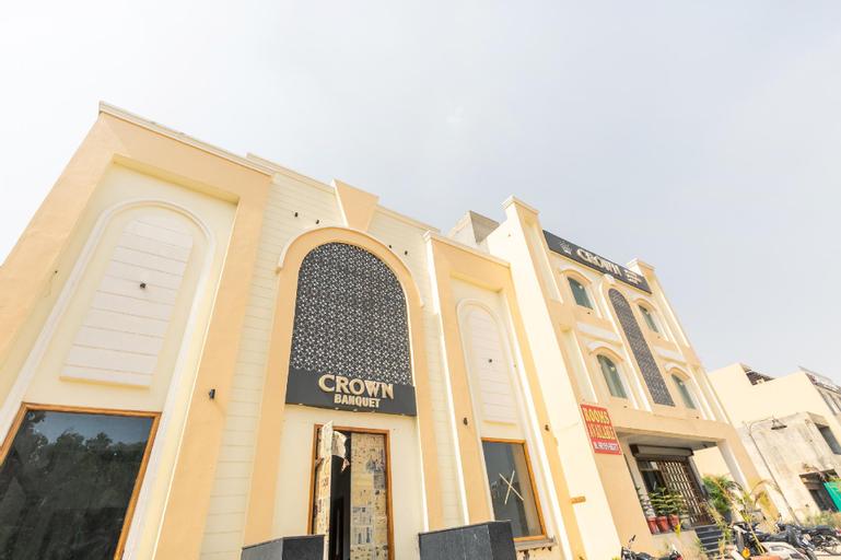 OYO 42749 Hotel Crown, Rupnagar