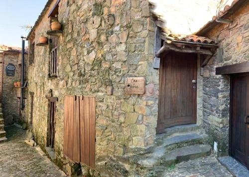 Casa das Estatuas, Miranda do Corvo