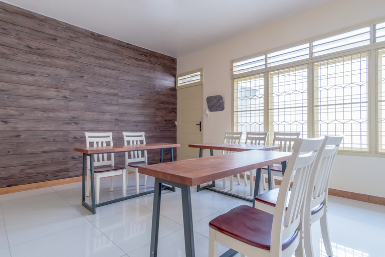 OYO 1249 Guest House 66, Medan