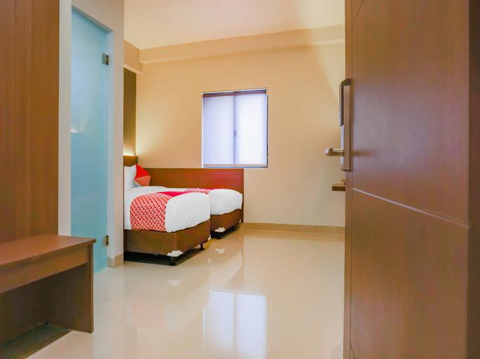OYO Flagship 90343 Slipi Inn, West Jakarta