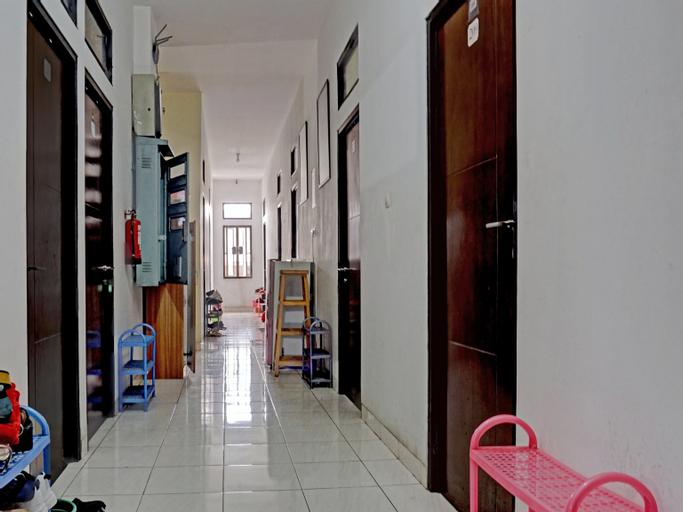 OYO 90489 Kejora Homestay, North Jakarta