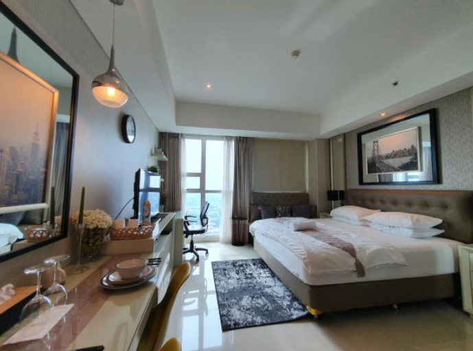 Luxurious Elegant Studio Room at Kemang Village, Jakarta Selatan