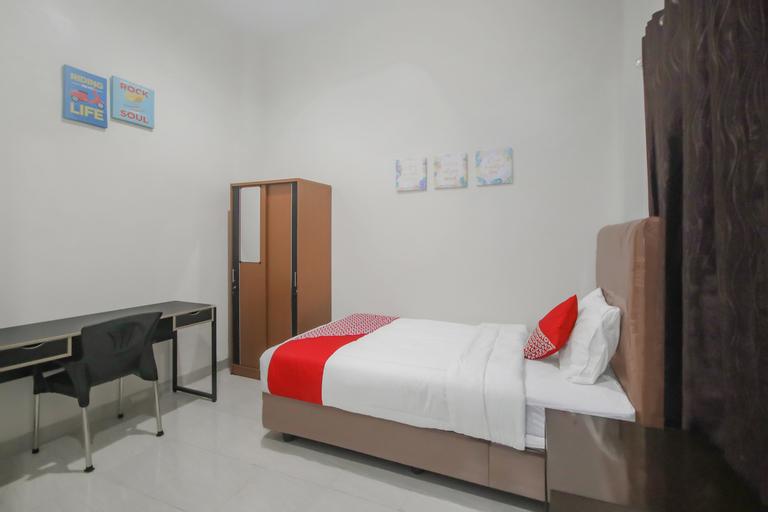 OYO 90338 Rumah Yasmin Syariah, Medan