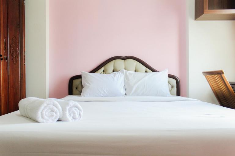Homey and Cozy Living Studio at Margonda Residence 2 Apartment By Travelio, Depok
