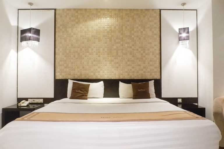 Luxurious and Relaxing 1BR Apartment at Prime Royal Residence By Travelio, Surabaya