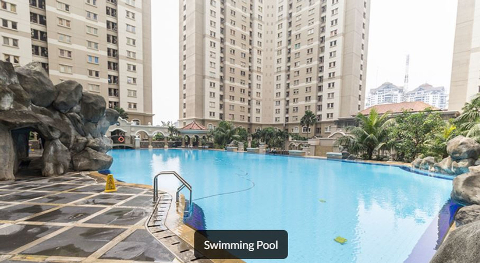 Affordable 2 bedroom next to Malls ApartmenMedit 1, West Jakarta