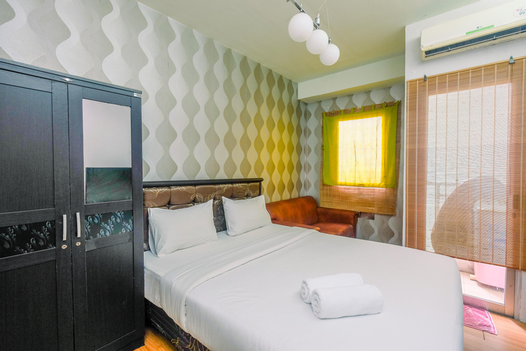 Comfy and Minimalist Studio at Pakubuwono Terrace Apartment By Travelio, South Jakarta