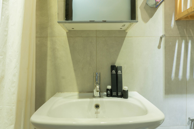 Comfy 1BR at Green Central City Apartment near Glodok By Travelio, West Jakarta