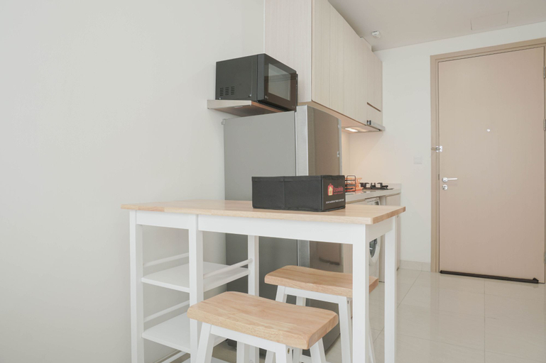 Comfort and Simply 1BR at Sedayu City Suites Apartment By Travelio, East Jakarta