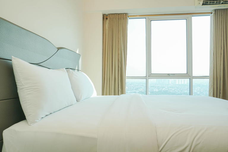 Cozy Living 1BR at Tifolia Apartment By Travelio, East Jakarta