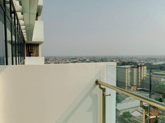 Stylish 1BR Apartment at Veranda Residence @ Puri By Travelio, West Jakarta