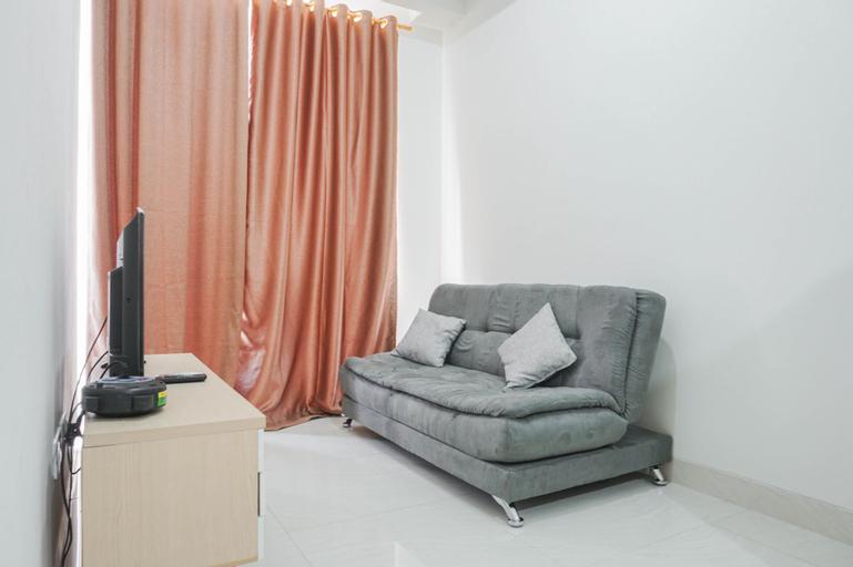 Comfy 1BR Sedayu City Suites Apartment By Travelio, East Jakarta