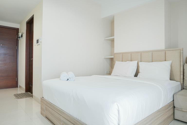 Comfort and Modern Studio at West Vista Apartment By Travelio, West Jakarta