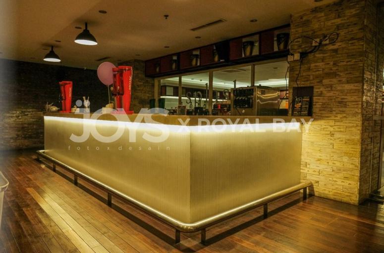 Royal Bay Hotel Makassar ( Formerly Fox Lite Makassar ), Makassar