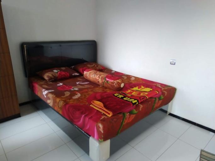 SPOT ON 90581 Hw Residence, Kediri
