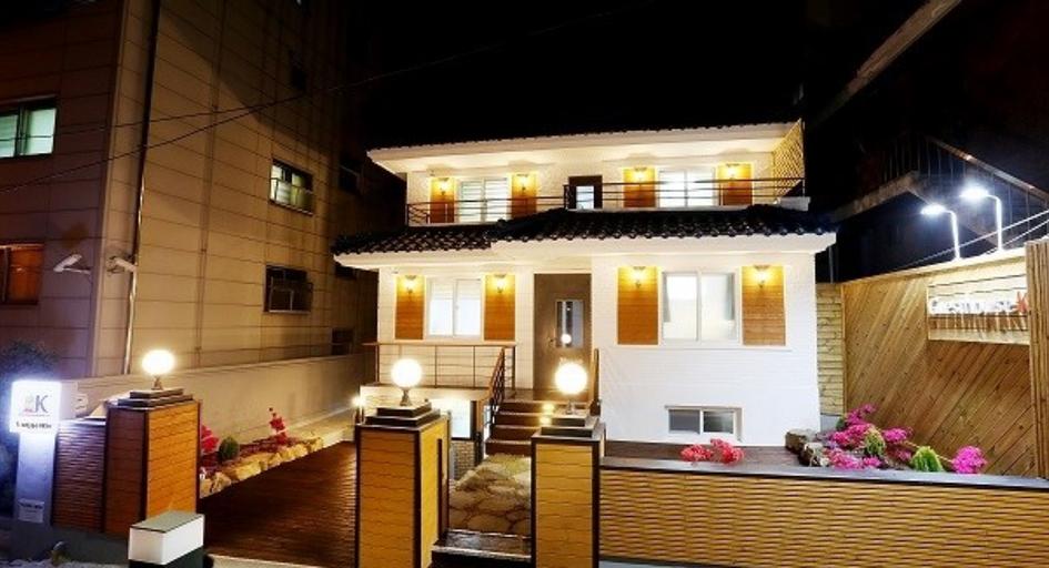 K GUESTHOUSE SINCHON 2, Seodaemun