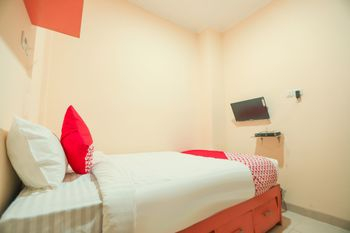 OYO 151 Cherish Residence, Central Jakarta