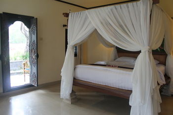 Puri Saron Hotel Senggigi Beach, Lombok