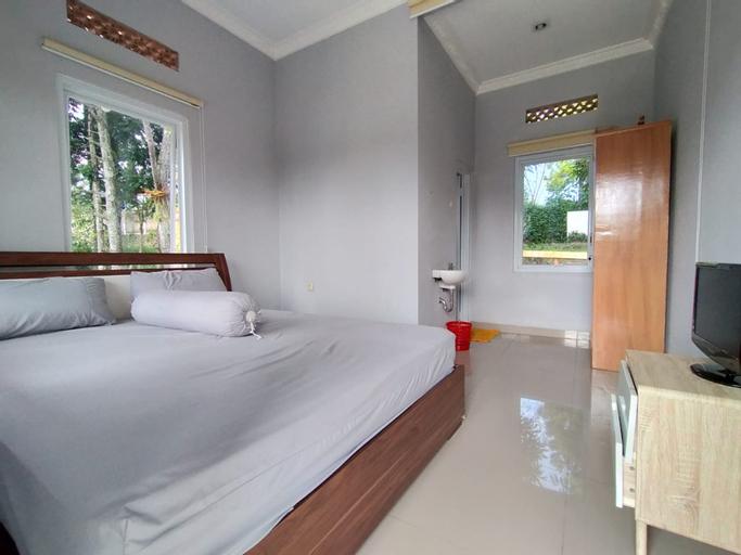 Villa Batu Tua Puncak, Bogor