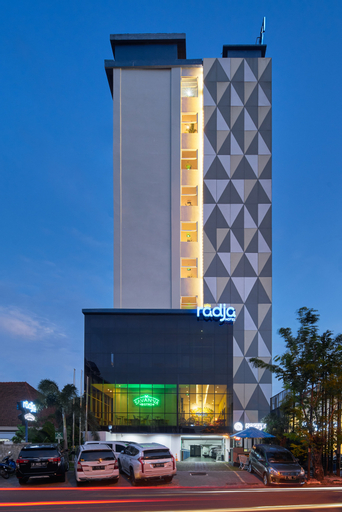 Radja Art and Boutique Hotel Simpang Lima, Semarang