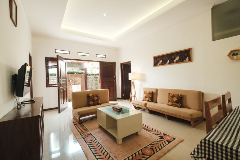 Omah Angkul Angkul Villa, Bandung