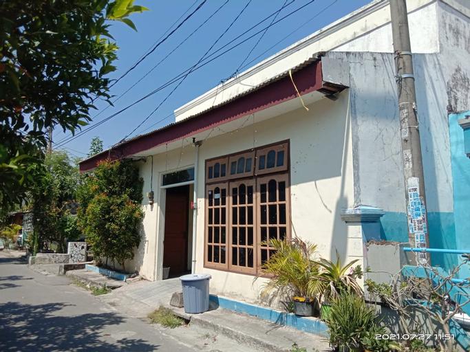 SPOT ON 90586 Hagawa Syariah Homestay, Lamongan