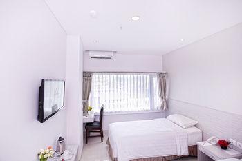 Kembang Hotel, Bandung