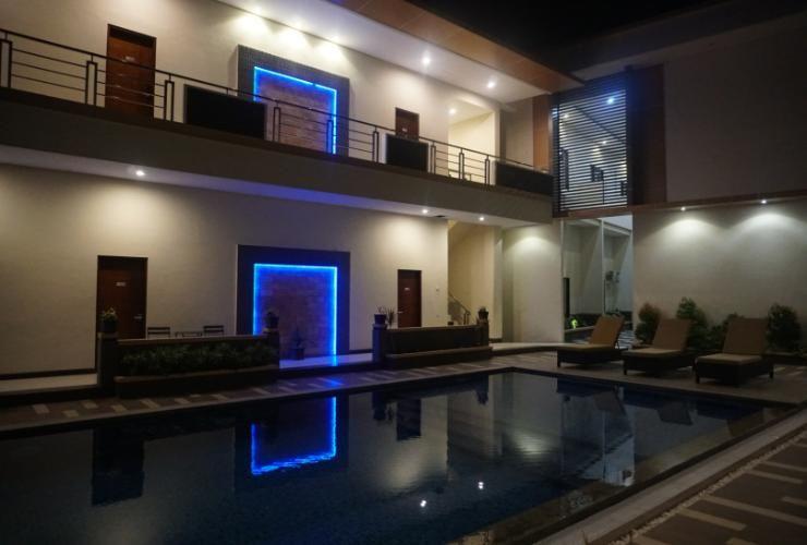 Go Hotel Maumere, Sikka