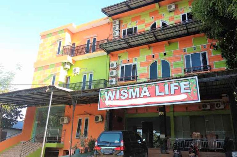 Wisma Life Bandara, Maros