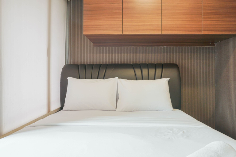 Comfortable 1BR at Nifarro Park Apartment By Travelio, South Jakarta