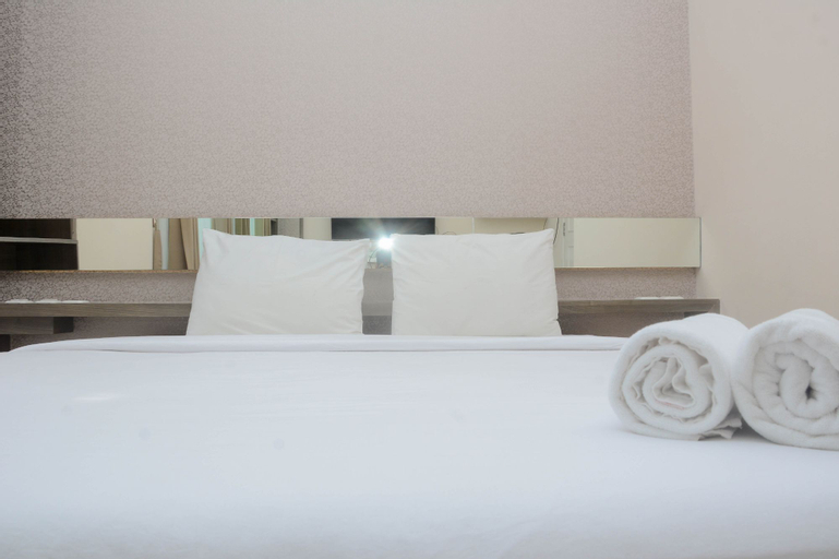 Comfort 1BR at The Boulevard Apartment By Travelio, Central Jakarta