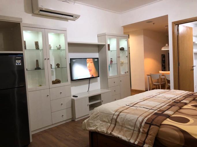 Cozy Apartemen The Mansion @Kemayoran Fontana Bougenville by Rentaloka, North Jakarta