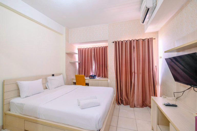 Fully Furnished with Cozy Design Studio Apartment at Margonda Residence 5 By Travelio, Depok