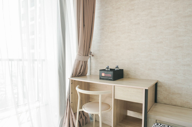 Homey and Relax Studio Apartment at Cervino Village Residence By Travelio, South Jakarta