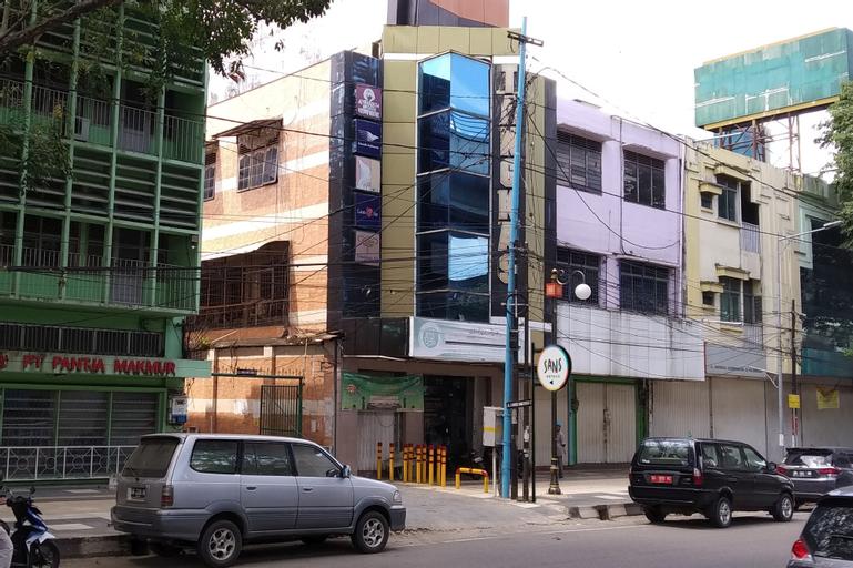 Sans Hotel Ruslan Palemebang, Palembang