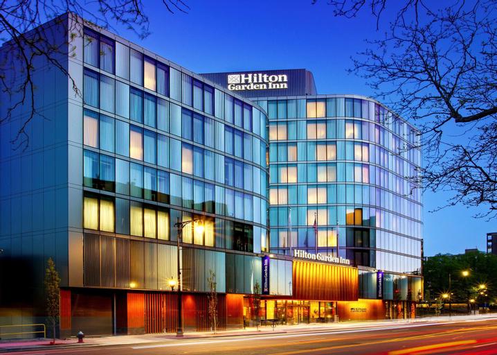 Hilton Garden Inn Boston Brookline, MA, Norfolk