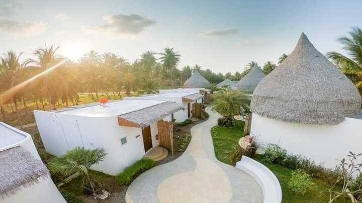 Resto Sea Resort, Bang Saphan