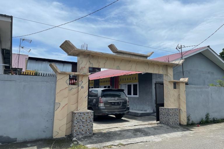 OYO 90616 Jojo Residence Syariah, Padang